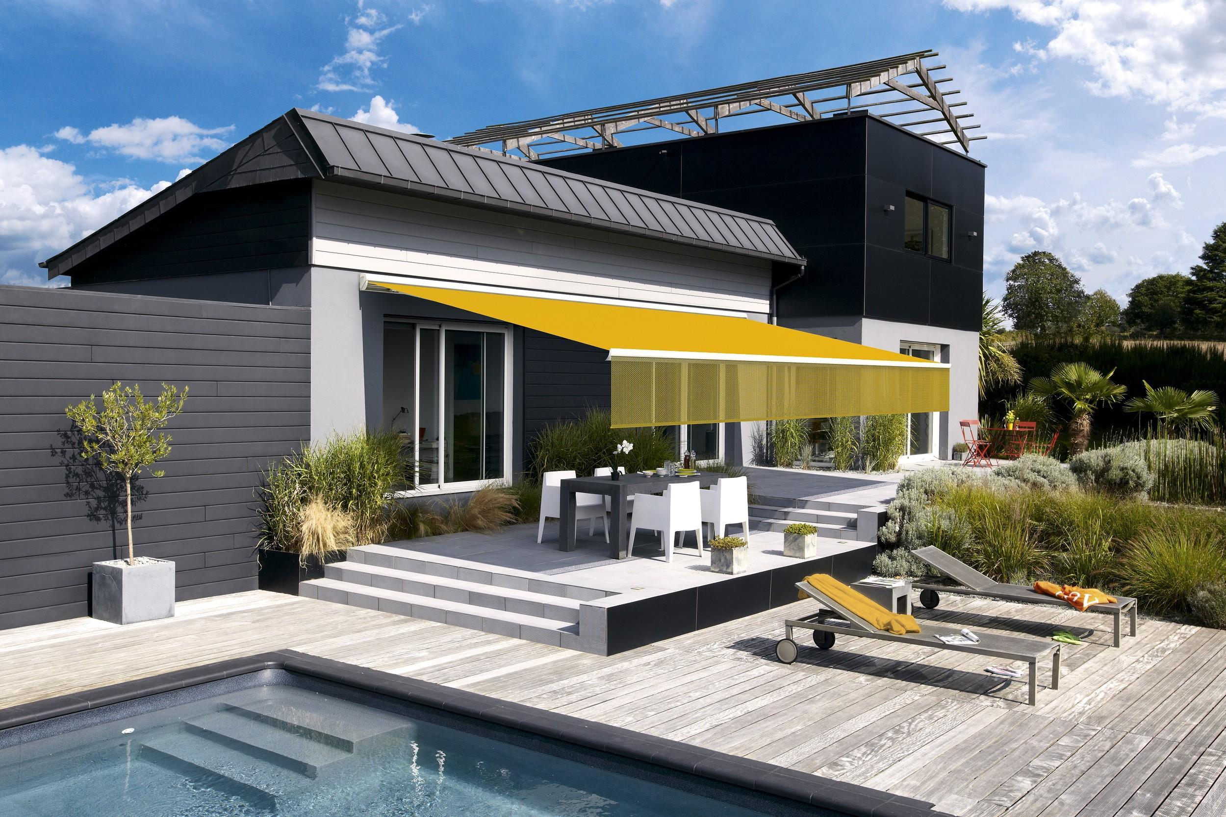 store banne hermes une banne coffre pour terrasse. Black Bedroom Furniture Sets. Home Design Ideas